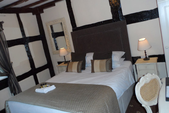 Room 11 at the White Swan Hotel in Henley in Arden